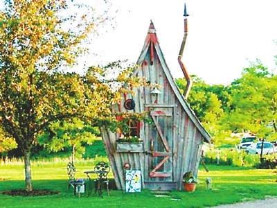 只能在童话故事中出现的神奇小木屋有了现实版,来自美国的艺术家dan